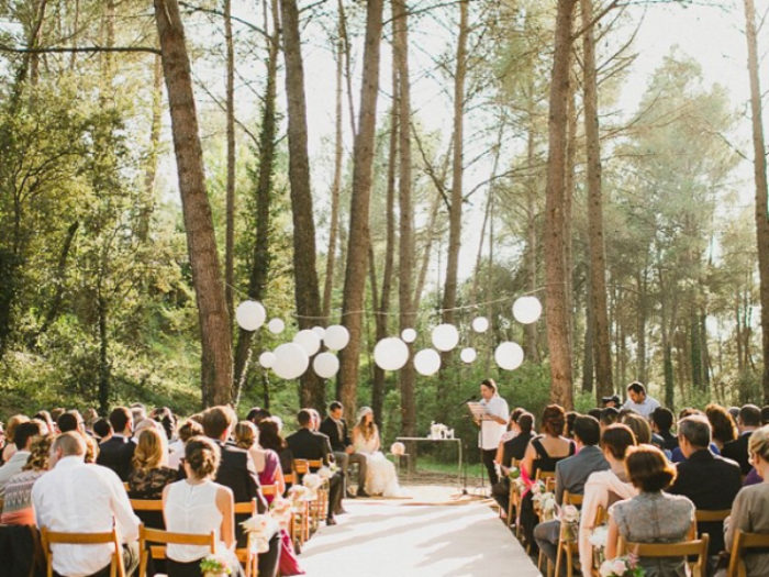Ways to make your small wedding feel like big celebration